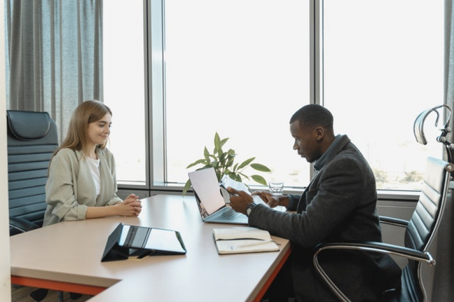 How to overcome the fear of interview confrontation?